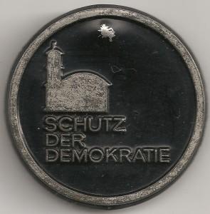 Schutz der demokratie aPO 001